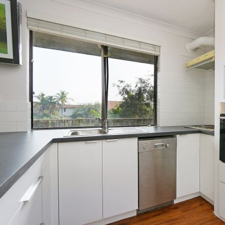 Rent this 2 bed apartment on 23/54 Canning Highway