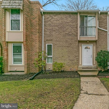 Rent this 3 bed condo on Columbia Pike in Silver Spring, MD 20901