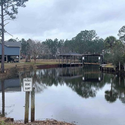 Rent this 0 bed house on Virginia Ln in Milton, FL