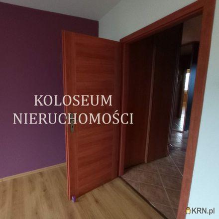 Rent this 3 bed apartment on Henrykowska 29 in 92-010 Łódź, Poland