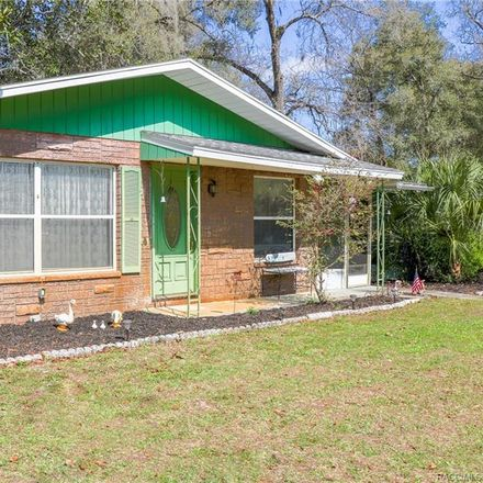 Rent this 3 bed house on 11709 E Crow Ln in Floral City, FL