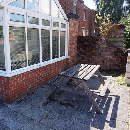 Rent this 6 bed house on 96 Wilton Avenue in Southampton SO15 2HF, United Kingdom