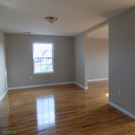 Rent this 3 bed townhouse on Park Ave in Linden, NJ
