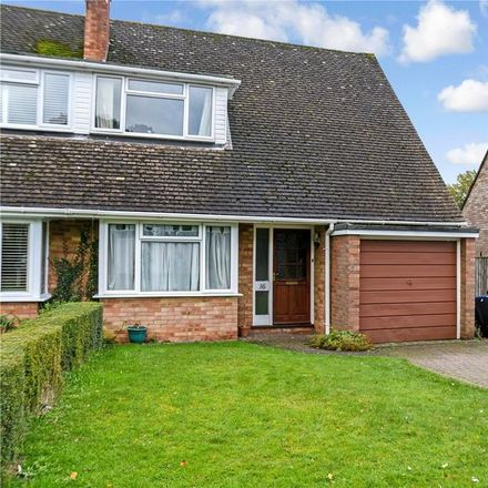 Rent this 3 bed house on Wellington Crescent in Basingstoke and Deane RG26 5PJ, United Kingdom