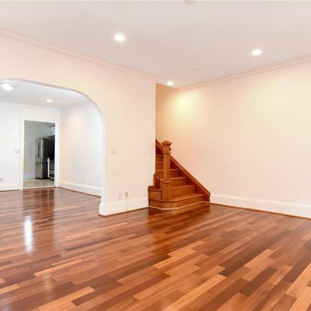 Rent this 3 bed townhouse on 161 Harmon Avenue in Town of Pelham, NY 10803