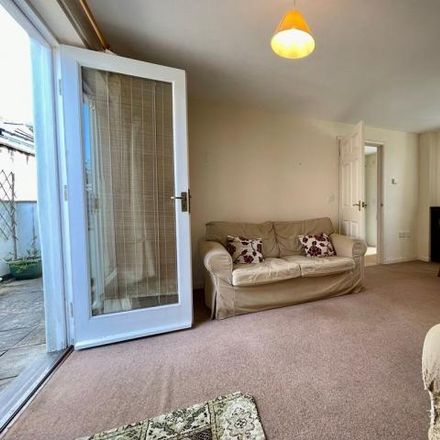 Rent this 2 bed townhouse on Kings Market in Fore Street, Kingsbridge TQ7 1PR