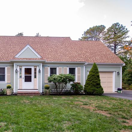 Rent this 3 bed house on 10 Green Meadow Circle in Mashpee, MA 02649