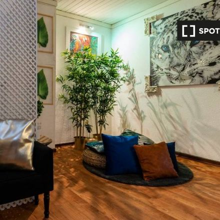 Rent this 2 bed apartment on Hotel Lisboa in Rua Barata Salgueiro 5, 1169-066 Lisbon