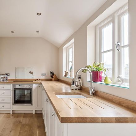 Rent this 2 bed house on Kings Head Mews in West Oxfordshire OX7 5LP, United Kingdom