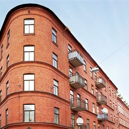 Rent this 3 bed apartment on Mellangatan in 212 18 Malmo, Sweden