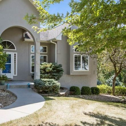 Rent this 5 bed house on 2205 Shropshire Circle in Coralville, IA 52241
