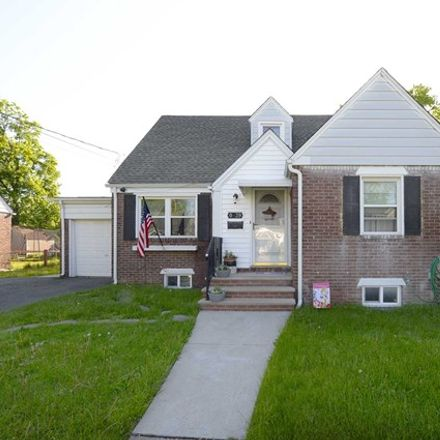 Rent this 4 bed house on Elden Place in Fair Lawn, NJ 07410