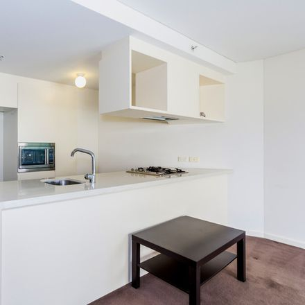 Rent this 1 bed apartment on 13B/82-94 Darlinghurst Road