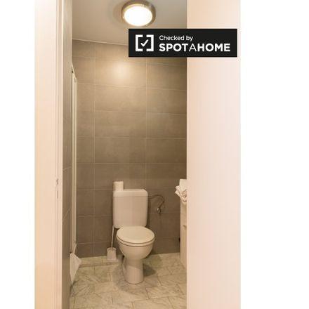 Rent this 1 bed apartment on dom in Avenue de la Charmille - Haagbeukenlaan, 1200 Woluwe-Saint-Lambert - Sint-Lambrechts-Woluwe