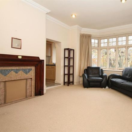 Rent this 2 bed apartment on Conway Road in London N14 7BE, United Kingdom