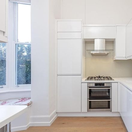 Rent this 1 bed apartment on Chelsea Embankment in London SW3 5HH, United Kingdom