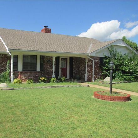 Rent this 3 bed house on 2701 Northwest 58th Place in Oklahoma City, OK 73112