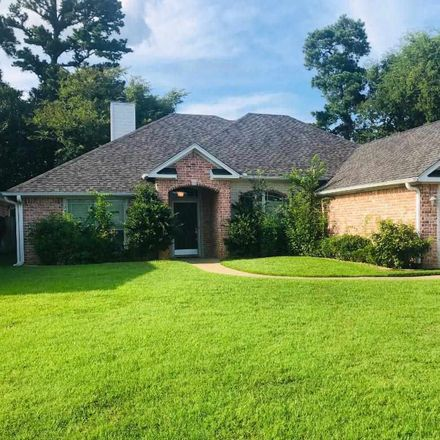 Rent this 3 bed house on 3619 Longmorn Lane in Longview, TX 75604