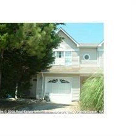 Rent this 3 bed townhouse on 401 Sheepshead Lane in Virginia Beach, VA 23452