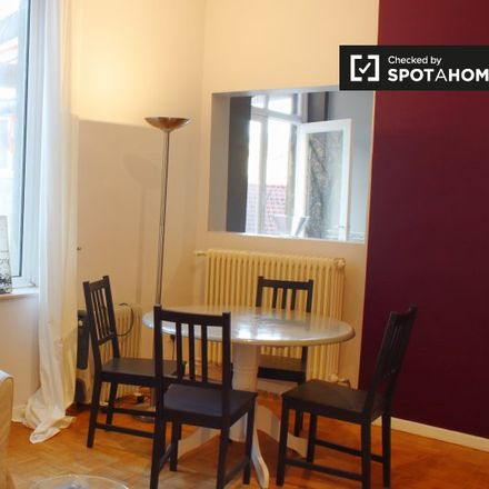Rent this 1 bed apartment on Clos du Parnasse - Parnassusgaarde in 1050 Ixelles - Elsene, Belgium