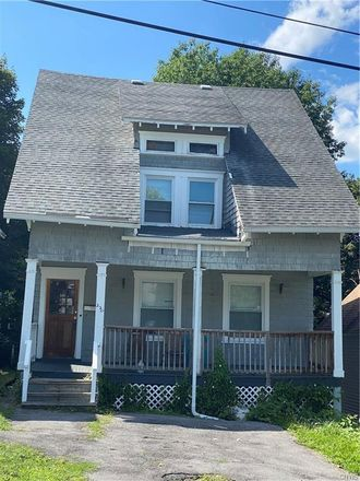 Rent this 3 bed house on 220 Markland Avenue in Syracuse, NY 13207