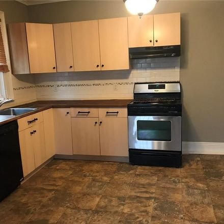Rent this 3 bed apartment on 66 South Street in Warwick, NY 10990