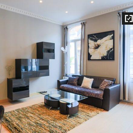 Rent this 1 bed apartment on Rue Charles Martel - Karel Martelstraat 34 in 1000 Ville de Bruxelles - Stad Brussel, Belgium