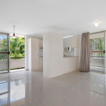 Rent this 2 bed apartment on 5/113 Albion Road