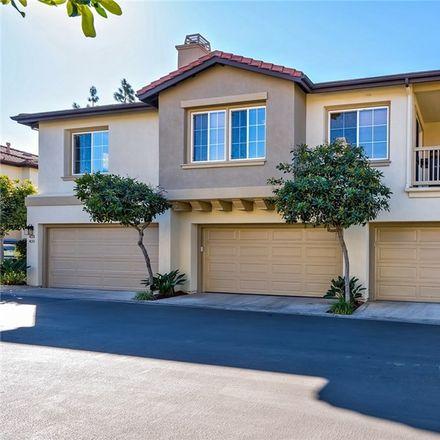 Rent this 2 bed condo on 423 Ridgeway in Irvine, CA 92620