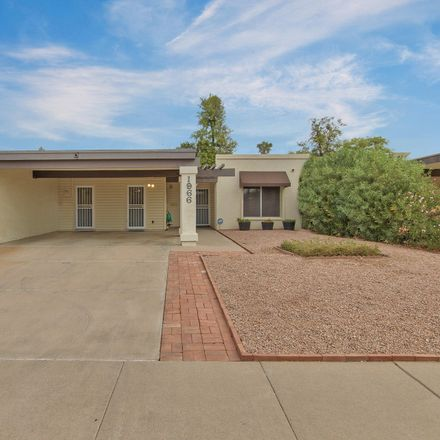 Rent this 3 bed townhouse on 1966 East del Sur Drive in Tempe, AZ 85283