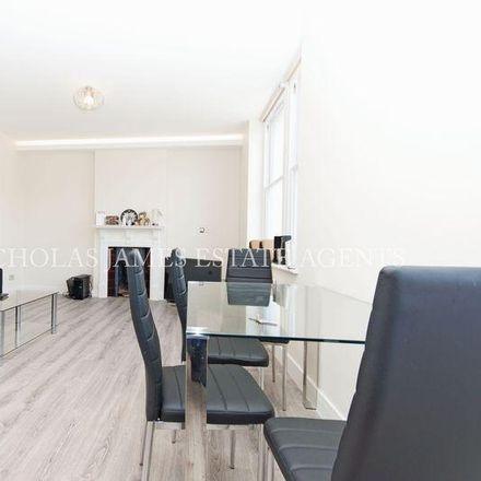 Rent this 1 bed apartment on Ye Olde Mitre Inne in High Street, London EN5 5UW
