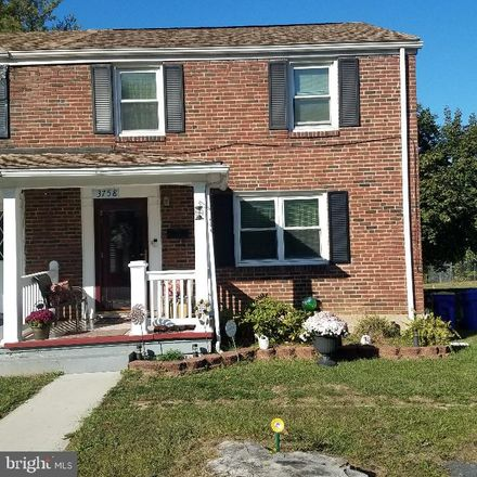 Rent this 3 bed townhouse on Derry Street in Harrisburg, PA 17101