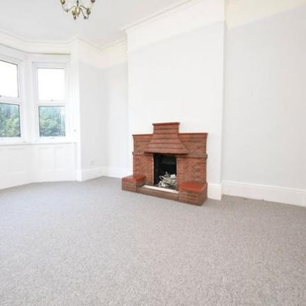 Rent this 1 bed apartment on Romford United Reformed Church in The Mall, Western Road