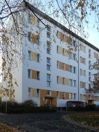 Rent this 2 bed apartment on Eichelbaumstraße 9-15 in 04249 Leipzig, Germany
