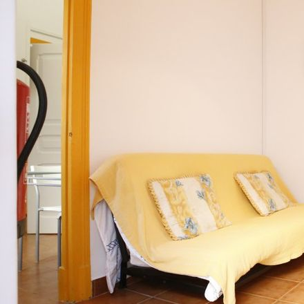 Rent this 1 bed apartment on Notáveis in Rua João da Silva 15, 2750-836 Carcavelos e Parede