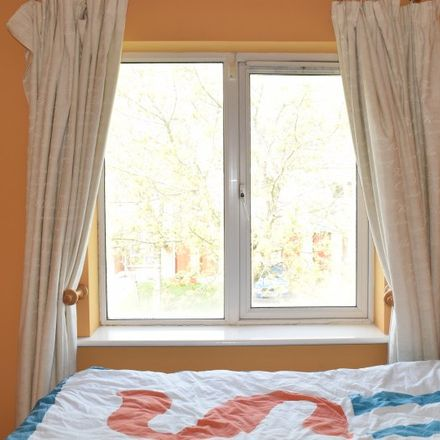 Rent this 2 bed apartment on Thornbury Square in Blanchardstown-Blakestown ED, Dublin 15