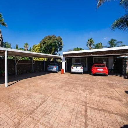 Rent this 3 bed house on Antelope Road in Albertsdal, Gauteng