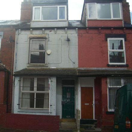 Rent this 3 bed house on Back Bellbrooke Grove in Leeds LS9 6NA, United Kingdom