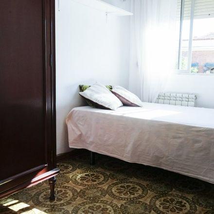 Rent this 3 bed room on Calle de Peña de la Atalaya in 28001 Madrid, Spain