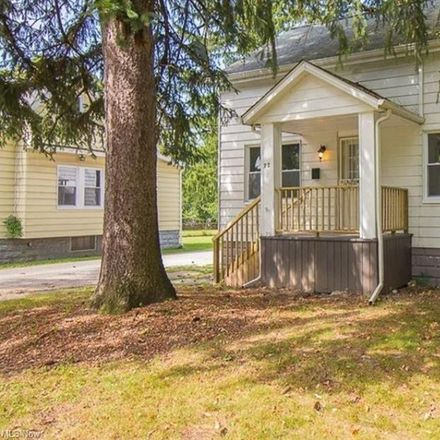 Rent this 3 bed house on 75 Dewhurst Avenue in Bedford, OH 44146