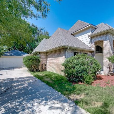 Rent this 4 bed house on 11651 Trailmont Drive in Houston, TX 77077