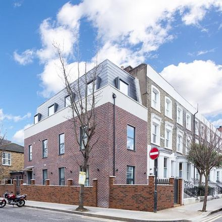 Rent this 1 bed apartment on Wood Lane in 19, London W12 7DP