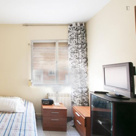 Rent this 3 bed room on Camino de Leganés in 28001 Madrid, Spain