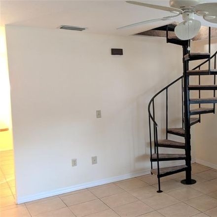 Rent this 3 bed loft on 4th Ave W in Bradenton, FL