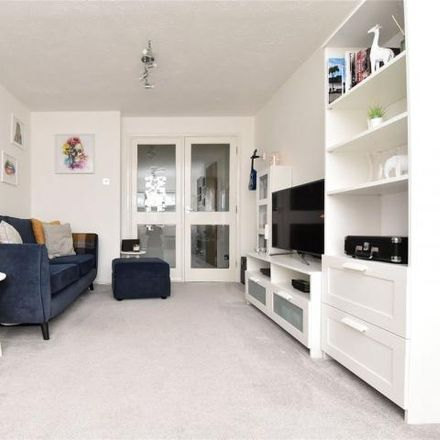 Rent this 2 bed apartment on Humber Road in Dartford, DA1 2BX