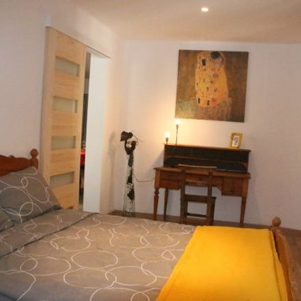 Rent this 2 bed apartment on 29 Rue Baraillerie in 84000 Avignon, France