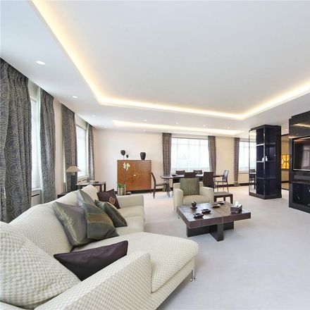 Rent this 5 bed apartment on Chestertons in Cadogan Place, London SW1X 9HZ