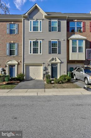 Rent this 3 bed townhouse on Baltimore Annapolis Blvd in Brooklyn, MD