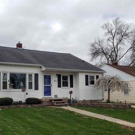 Rent this 3 bed house on 1582 Louise Street in Green Bay, WI 54302