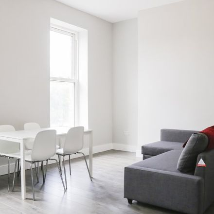 Rent this 1 bed apartment on Fáilte Ireland Catering College in 88-95 Amiens Street, North Dock